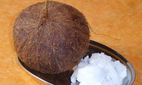 Kokosöl, Kokosfett, veganes Kokosöl, Körperpflege mit Kokos