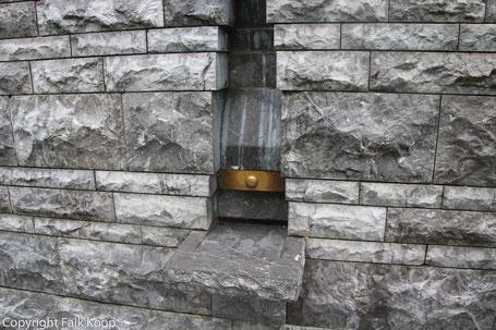 Bild: Wasserzapfstelle in Lourdes