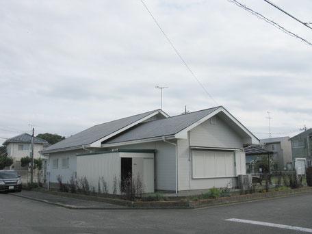 塗装前の自治会館全体写真