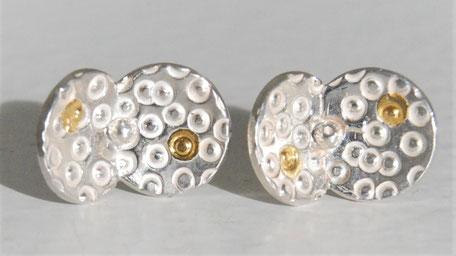 Ciselée ronds/points d'or fusionnés