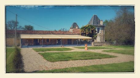 Nouvelle terrasse couverte du château la Hitte en Nouvelle Aquitaine