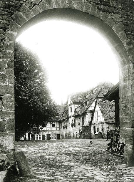 Helmarshausen Klosterhof Foto von H. Fritz um 1915