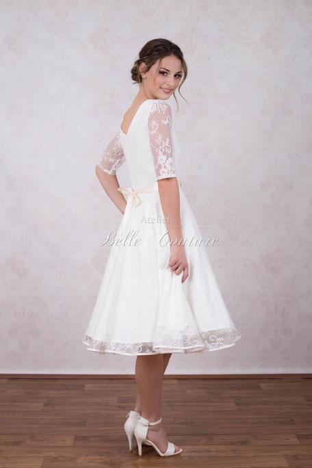 Vintage Brautkleid mit Spitze und Tüll - vintagebrauts Webseite!