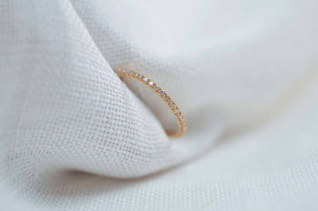 Bague en or rose 18 carats recyclé sertie de diamants