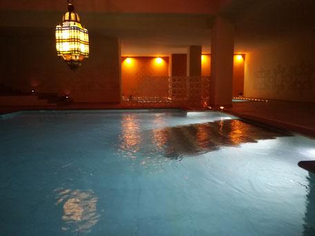 Aguadream com banhos mediterrânicos em Alvor,Portimão,Algarve,Portugal bom para usufruir banhos frios,mornas,quentes e ou de sal,bom para relaxar com um bom romantismo e massagens relaxantes.