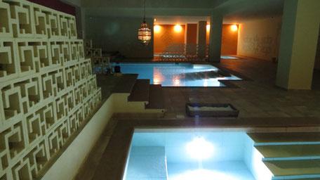 Aguadream com banhos mediterrânicos em Alvor,Portimão,Algarve,Portugal com bons banhos de diversas temperaturas mornas,frias,quentes ou de sal.
