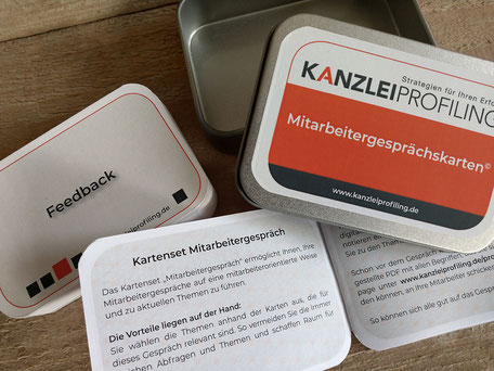 Image Design. Kartenspiel in offener Blechdose für Kanzlei Profiling Marion Ketteler. Von Funkenflug Design Münster.