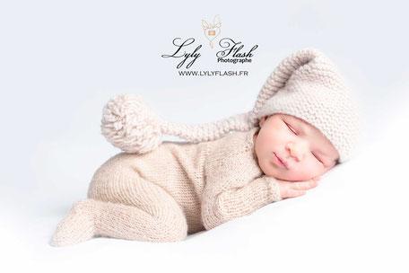 tushie posing newborn naissance
