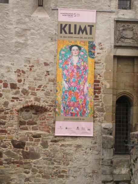 Ausstellungsplakat am Kunstmuseum Moritzburg Halle, Foto: Fohsel
