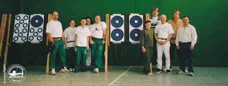 Gruppenfoto: sehr gute Ergebnisse bei der Blauen Scheibe in Halle