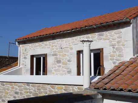 Enduit sculpté imitation pierre sur terrasse