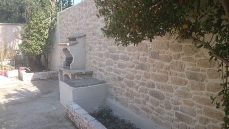 Exemple de clôture imitation pierre