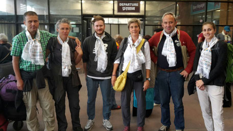 Trekking, Besucher, Hilfe, Spenden, Erdbebengebiet, Sicherheit