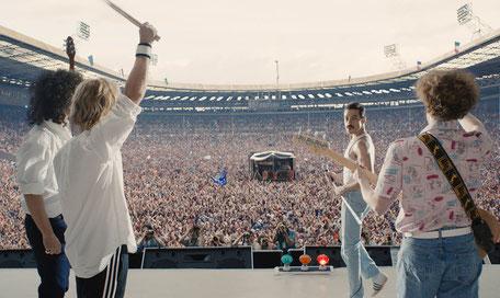 Legendärer Live-Aid-Auftritt im Wembley-Stadion. (c) 20th Century Fox