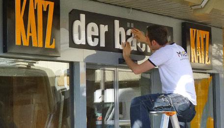 Moser Werbetechnik - Montage