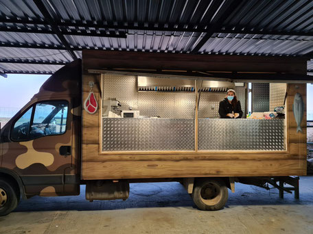 carrito de comida en instalaciones de paintball Sevilla