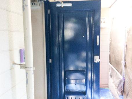 西千葉アパート外壁塗装 ドアの塗装