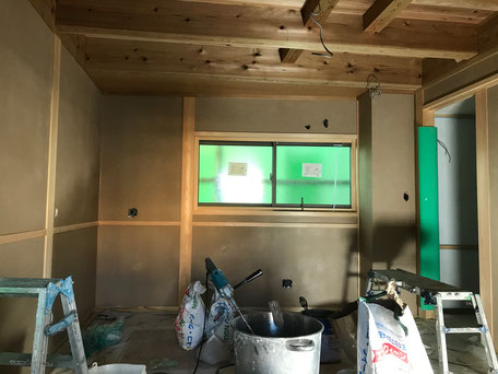 栃木県のバルコニー菜園のある家の家づくりの様子/内装工事