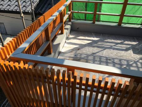 栃木県のバルコニー菜園のある家の家づくりの様子/外部の塗装工事