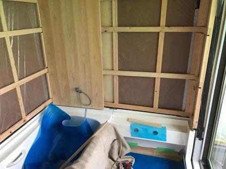 栃木県のバルコニー菜園のある家の家づくりの様子/壁仕上げ材の施工