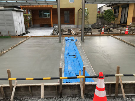 栃木県のバルコニー菜園のある家の家づくりの様子/コンクリート打設工事