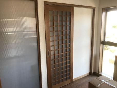 栃木県のバルコニー菜園のある家の家づくりの様子/造作建具の施工