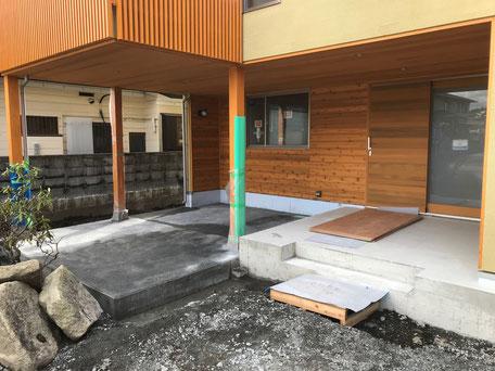 栃木県のバルコニー菜園のある家の家づくりの様子/脱型枠