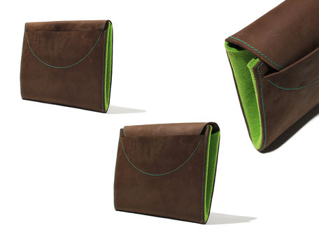tablet case for the ipad. material outside is leather and inside feld