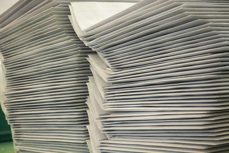 Versandarbeiten und Mailings aus einer sozialen Institution.