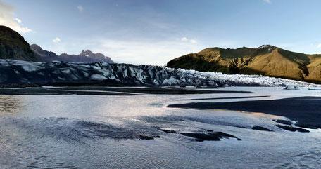 llb pics - islande - Skaftafellsjökull - le long barbare