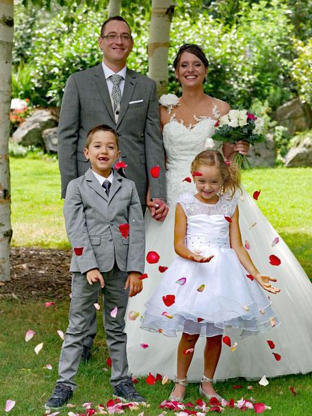 photographie de mariage, bonheur, amour, fleurs, llb pics, le long barbare
