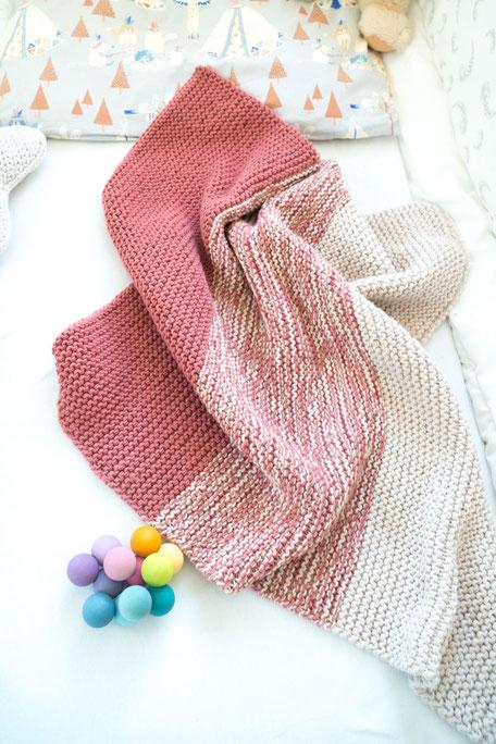 Babydecke aus Merino selbst stricken mit Strickset Luna von Wooltwist