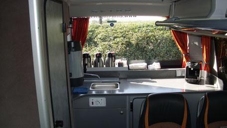 Hilgen Bus Lkw Busfahrt Erdarbeiten Transport Sand