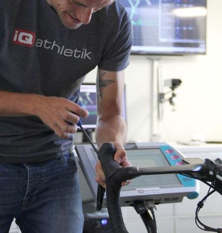 Schrauben: Einstellen der optimalen Sitzposition beim Bikefitting