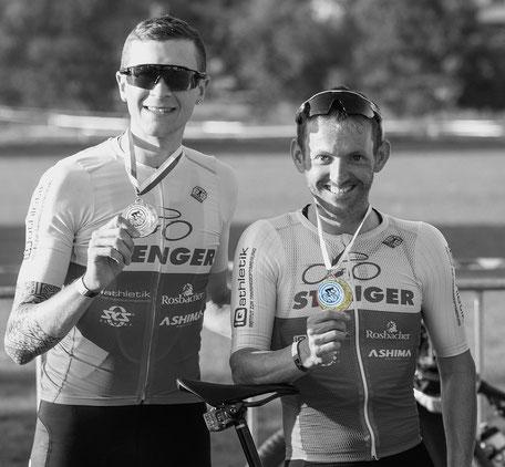 Sascha Starker (rechts) und Constantin Kolb (links) gewinnen Gold und Bronze bei den Hessenmeisterschaften im Radcross