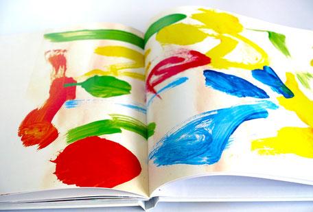 Aufgeschlagenes Kleine Künstler Kinderkunstbuch