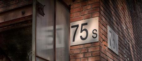 Autour du bâtiment 75