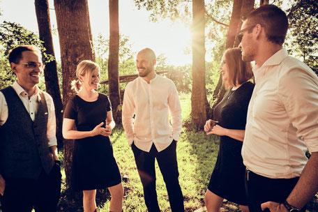 Gruppenbild - Hochzeitsband, Live-Musik für Firmen-Events, Messen und andere Veranstaltungen