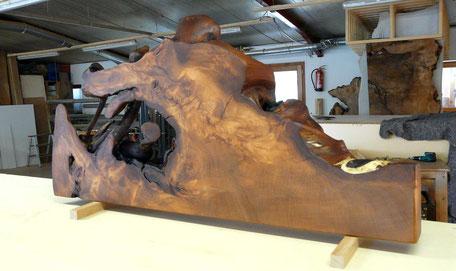 Urwüchsige Skulptur aus 47000 Jahre alter Kauri Wurzel für exklusive Inneneinrichtung, Kauri Holz Kunstwerk der Natur