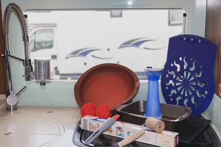 Backen im Wohnmobil, Camping Küche