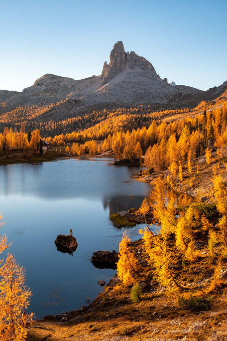 Lago Federa - a top autumn photography spot in the Dolomites
