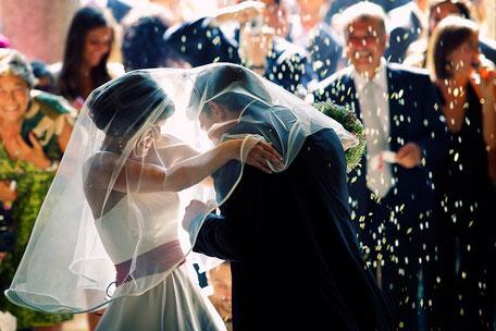 freie Trauung Offenbach am Main, Main-Taunus-kreis, Main-Kinzig, Wetterau, freie Theologen Zeremonie Trauung, Groß-gerau, Rheingau, Hochtaunus, Darmstadt, BErgstraße, Hochzeitszeremonie Gründau