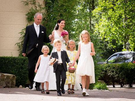 Einzug der Braut, Blumenmädchen, Ringträger, freie Trauung persönlich individuell traditionell