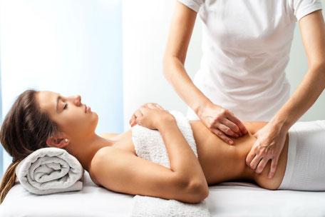massaggi riducenti anticellulite drenanti per gambe leggere