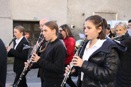 Ecole de musique EMC à Crolles – Grésivaudan : orchestre de clarinette.