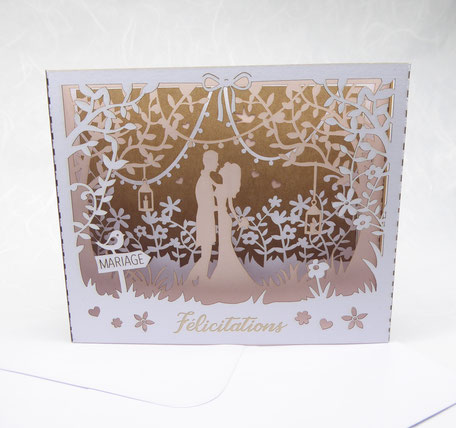 Carte de félicitation mariage pop-up en découpe laser