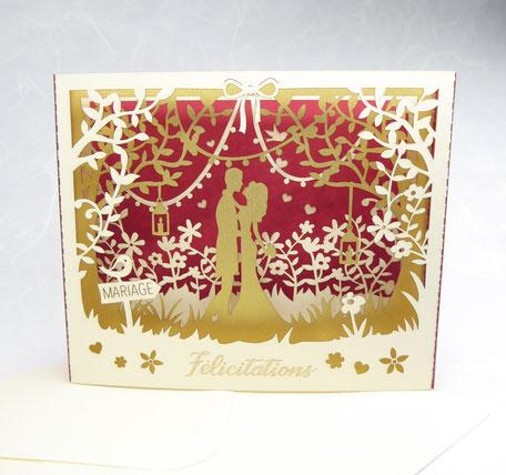 Carte de félicitations mariage pop-up fabriqué en France en diorama rouge et or décor champêtre découpe laser