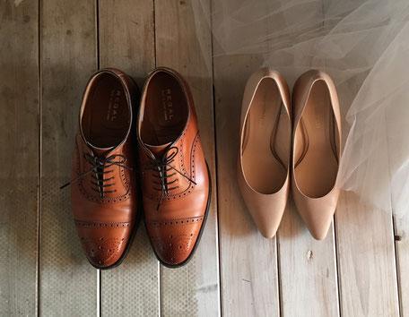 左が実際に購入した靴です。リーガルパーターンオーダー!