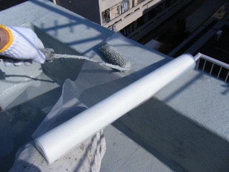 ウレタンゴム系塗膜防水材・補強布 施工