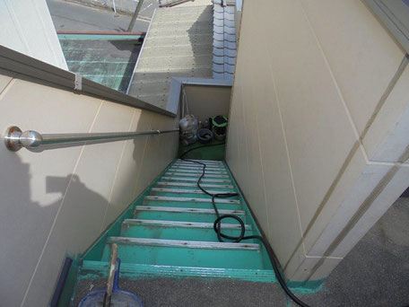 外部階段(防水改修工事前)